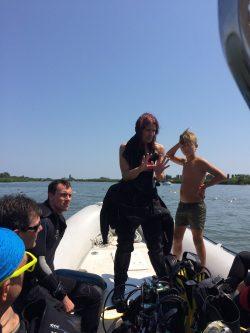 silvia sartori geometra impiegato tecnico 3 nella subacquea!